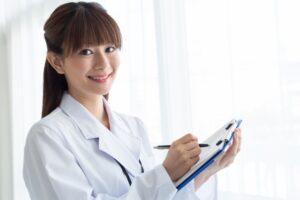 医師の平均年収